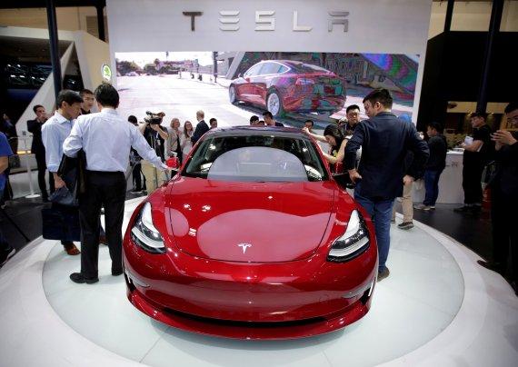 2040년이면 세계 자동차의 절반 이상이 전기차