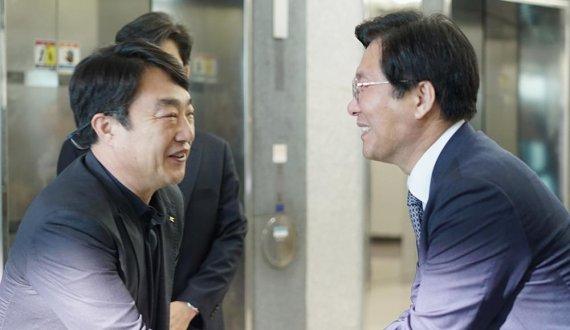 """김경수 넥스트칩 대표 """"팹리스 업체 지원 대책 기대"""""""