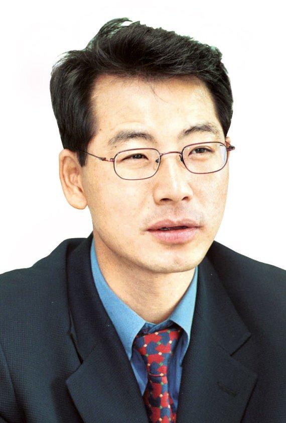 [곽인찬 칼럼]한국당, 카멜레온이 돼라