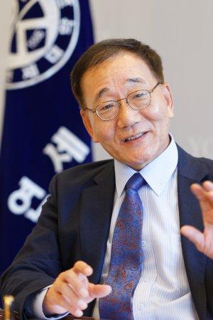김용학 연세대 총장, 고려대 명예박사학위 받는다