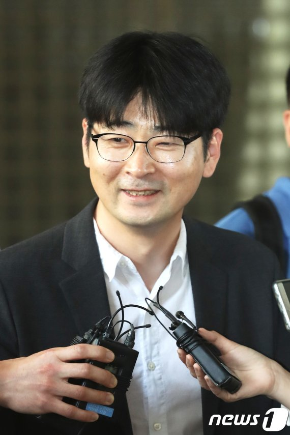"""탁현민 """"김정은 부산 방문, 준비는 해놨다"""""""