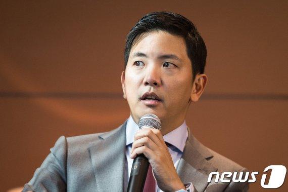 """박세창 사장 """"아시아나 통매각 원칙…금호석화, 인수전 참여안돼"""""""