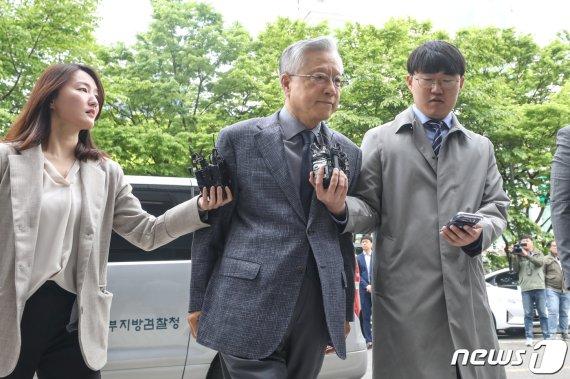 """KT 임원 """"김성태 딸 정규직 채용 '어렵다' 하니 상급자가 욕설"""""""