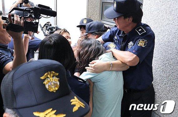 첫 재판서 드러난 고유정 전략…'착한 아내·모성' 코스프레