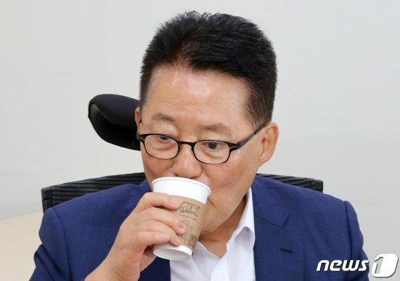 """박지원, 이언주 삭발에 """"국민적인 시선 가져올 수 있지만.."""""""