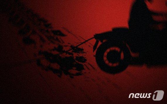 새벽에 가로수 들이받은 오토바이 운전자, 결국..