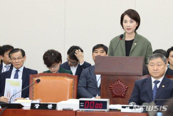 국감 첫날 상임위 곳곳서 '조국 대전'…일부 '파행·고성' 얼룩도(종합)