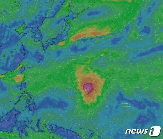 하기비스 8일 '강태풍' 격상 전망.. 한반도 덮치나