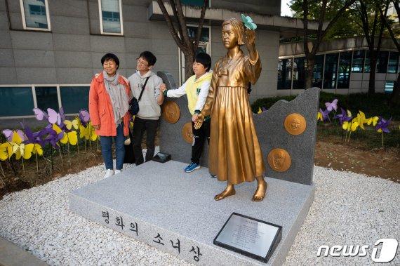 서울 영등포 '평화의 소녀상' 설치.. 자치구 중 18번째