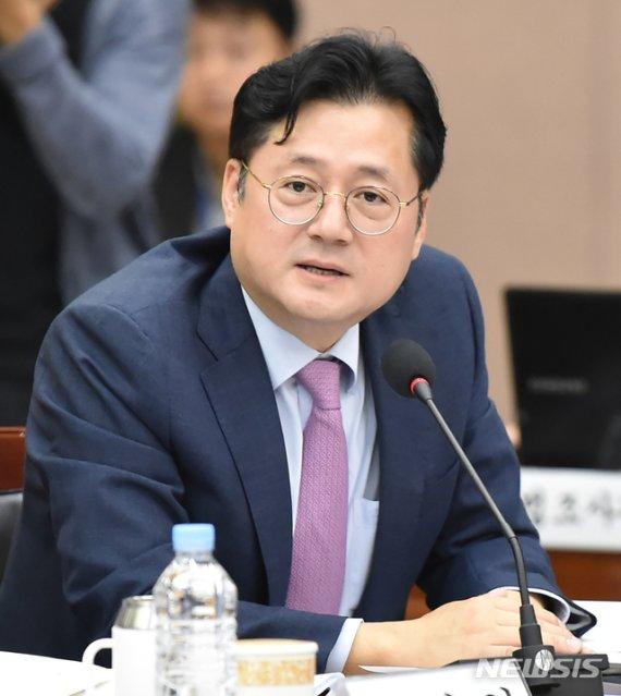 """與 홍익표 """"11월 중 북미 실무대화 재개 가능성 높아"""""""