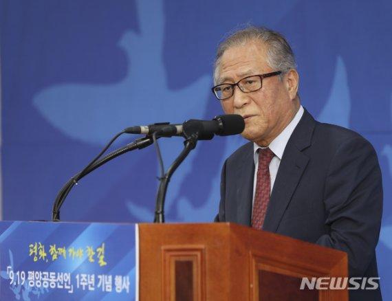 """정세현 """"금강산 발언, 남북미 향한 메시지…한미정상 결론내야"""""""