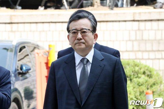 [이주의 재판 일정]'별장 성접대 의혹' 김학의 전 차관, 1심 선고 外