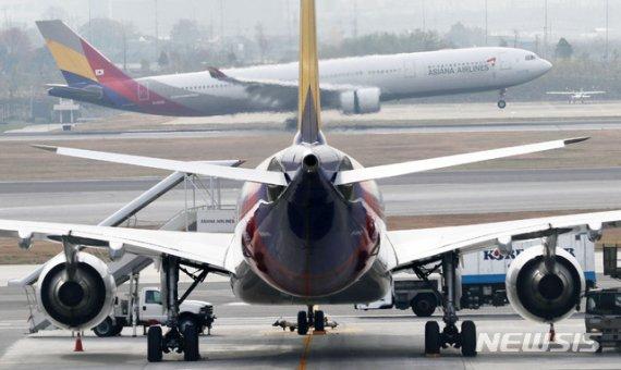 새 주인 맞는 아시아나 '초우량 항공사' 채비…자회사 재매각 여부도 관심(종합2보)