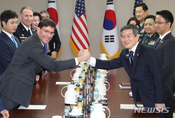 美 국방장관·합참의장 등 잇따라 방한…지소미아 압박 촉각