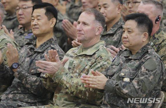 한미 합참의장, 오늘 군사위 개최…전작권·지소미아 논의 주목