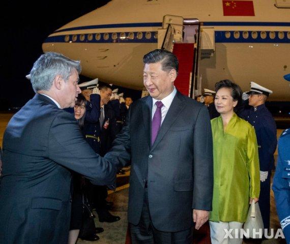 """中시진핑 """"홍콩, 가장 '긴급' 과제는 폭력 중단"""""""