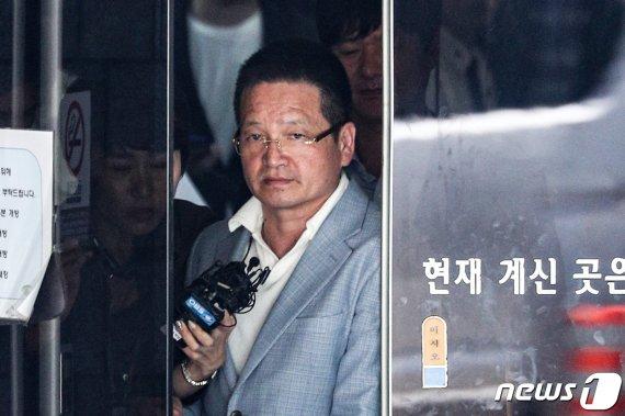 윤중천 '별장 성접대' 의혹 6년 만에 오늘 첫 심판대