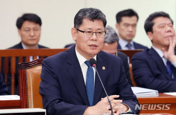 """김연철 """"남북, 서로 만나서 금강산 문제 입장 확인해야"""""""