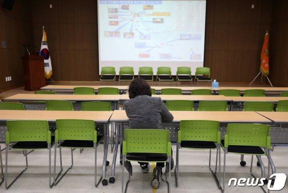 독도 소방헬기 피해가족·KBS 면담 종료…'갈등 여전'