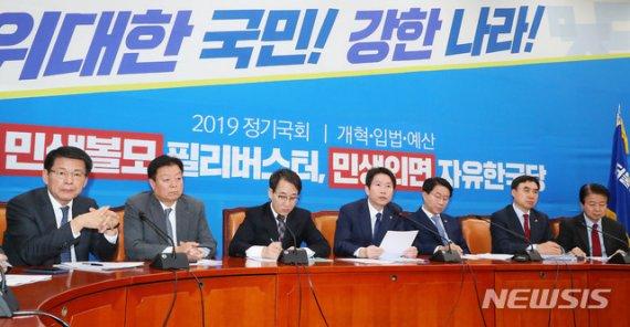 與, 한국당에 '최후통첩'…'4+1' 공조로 선거법 先처리 가닥