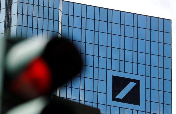 유럽은행들 '감원 공포'… 올들어 6만명 '칼바람'