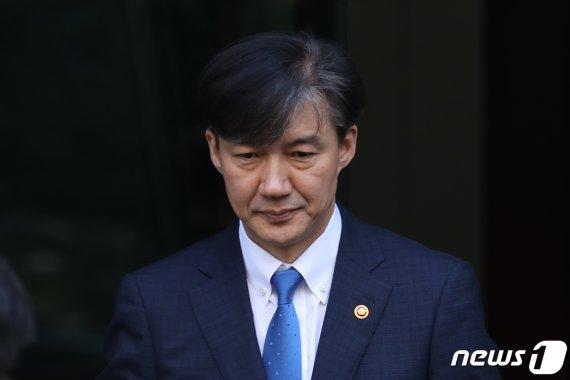 [일지] 조국, 법무부장관 지명부터 일가 비위 의혹 기소까지