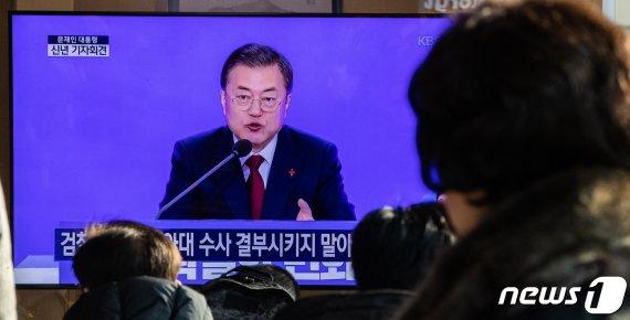 """文대통령 """"북핵 해결에 중국 역할 대단히 중요…함께 협력"""""""