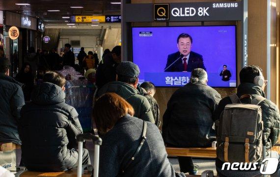 [전문] 文대통령 신년 기자회견 일문일답-①사회