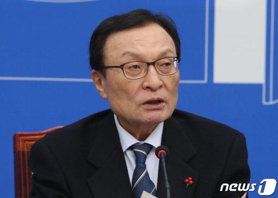 """이해찬 """"2월국회서 경찰개혁 관련 입법 추진할 것"""""""