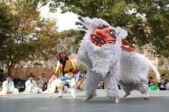 '한국의 탈춤' 유네스코 인류무형문화유산 대표목록 등재신청서 제출