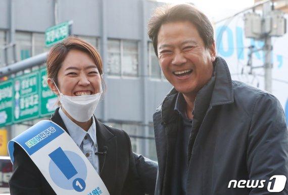시민당, 임종석에 TV광고 출연 요구..커지는 '임종석 역할론'