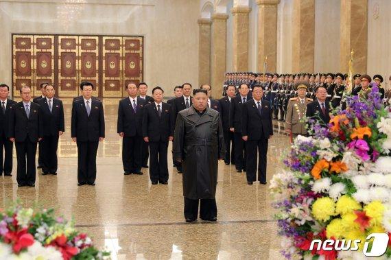 코로나19에 김일성 생일 '태양절' 맞은 北…김정은 모습 드러낼까