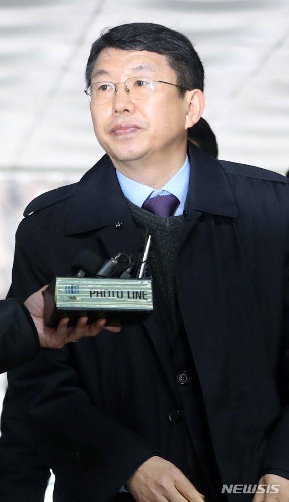 김석균 '세월호 부실구조' 혐의, 참사 6년만 법정 열린다