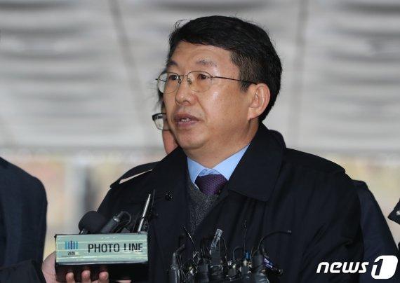 '세월호 구조실패' 김석균 등 해경 지휘부 첫 재판서 '혐의부인'