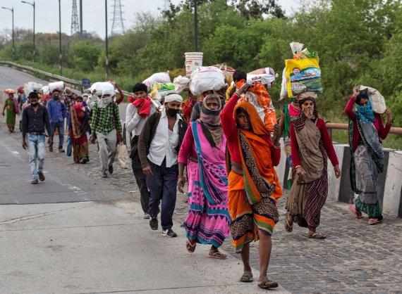 인도, 코로나 확진 100만명 돌파…4000만명 감염 추정도