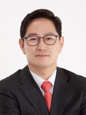 """통합당 박수영 당선자 """"말이 통하지 않는 3040"""" 물의"""