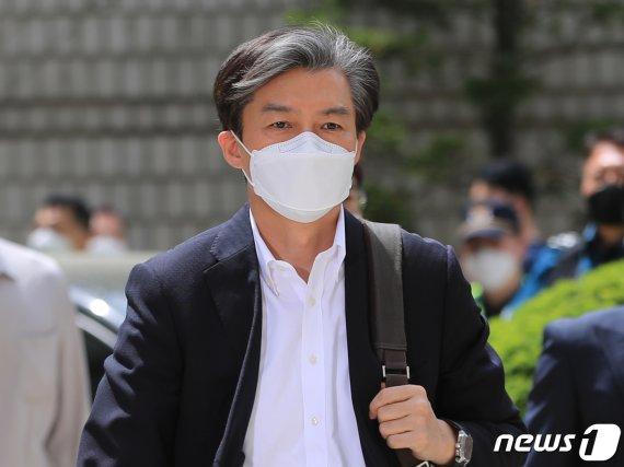 12개 혐의 조국 본격 법정다툼…민정수석 재량·특감반 권리 쟁점