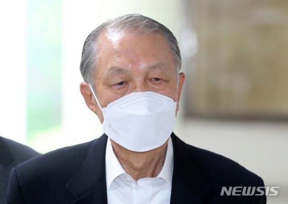 검찰, '세월호 보고조작' 항소심서 김기춘에 실형 구형