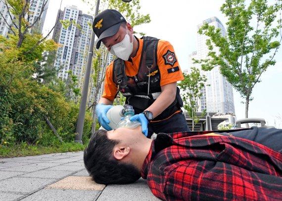 [내일을 밝히는 사람들] '골든타임' 사수로 생명지키는 응급구조사