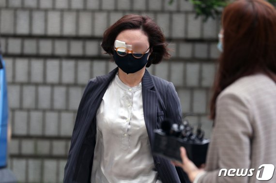 '사모펀드 의혹' 핵심 조국 5촌조카, 정경심 재판 증인으로