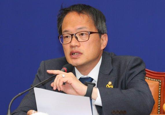 '패스트트랙 충돌' 더불어민주당 피고인 '혐의 부인'