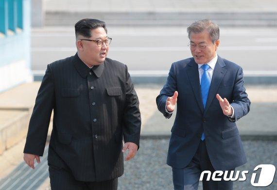 """日언론 """"文정권, 북한 언동에 좌우되지 않는 담력 필요"""""""
