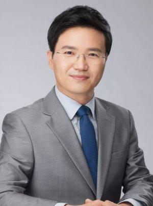 """""""매일 부동산자료 수집하며 '믿듣 강의' 연구"""" [fn이사람]"""