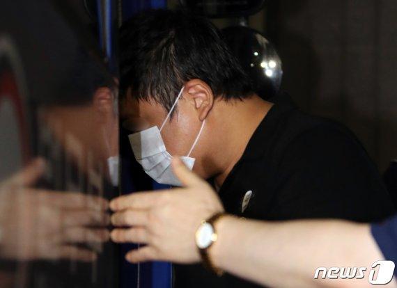 '사모펀드 의혹' 5촌조카 오늘 1심 결론…정경심 공범 판단도