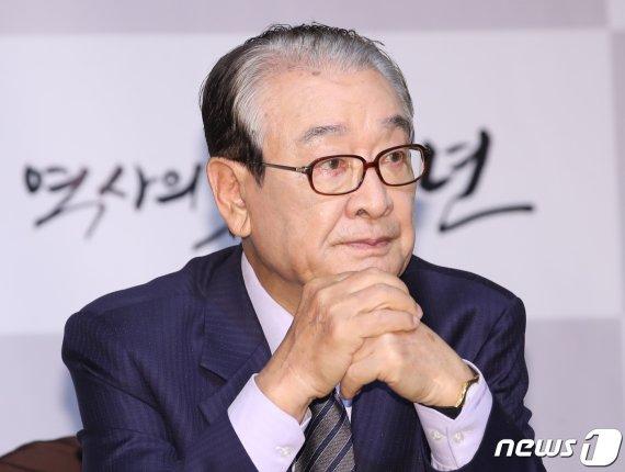 """[공식입장] 이순재, 매니저 갑질의혹 반박 """"60년 연기인생 타격…법적대응"""""""