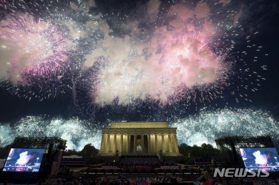 [두유노우] 2020년 미국의 생일을 축하하지 못하는 이유