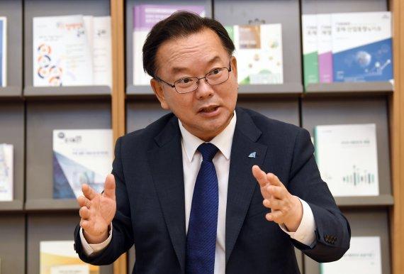 """""""영남 민심 더 무너지면 위험… 내가 킹메이커 되겠다"""" [인터뷰]"""