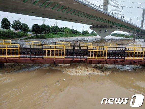 월곡천교 침수로 광주역 열차 운행 중단
