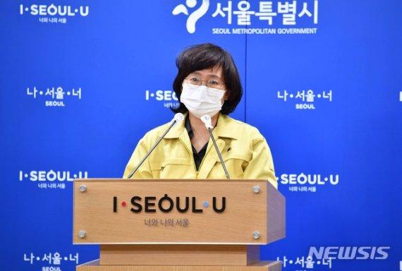 """서울 일주일째 하루 100명 유지...""""사망자는 계속 나올 듯""""(종합)"""
