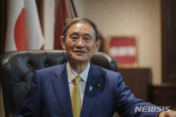 스가, 오늘 日총리로…'아베 계승' 새 내각 공식 출범